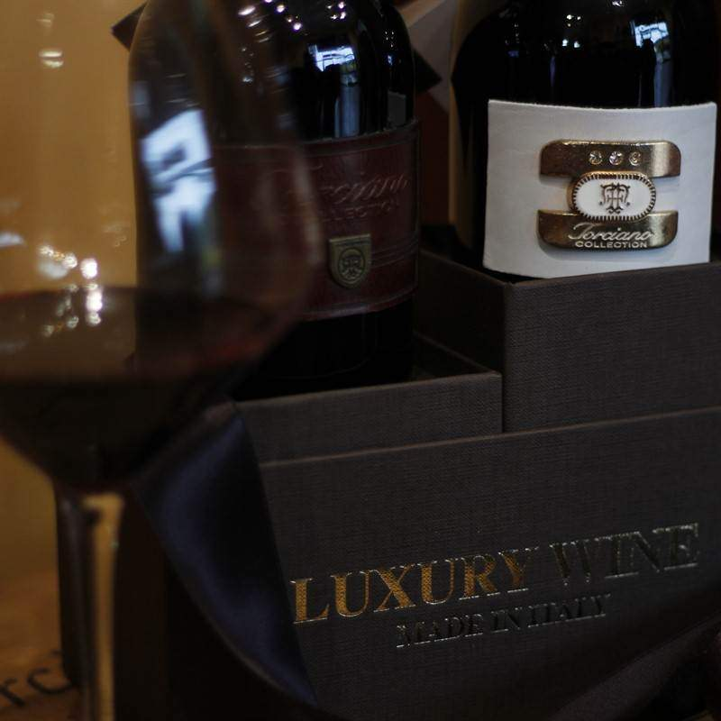 1997 - 1996 Luxury Leather Wine