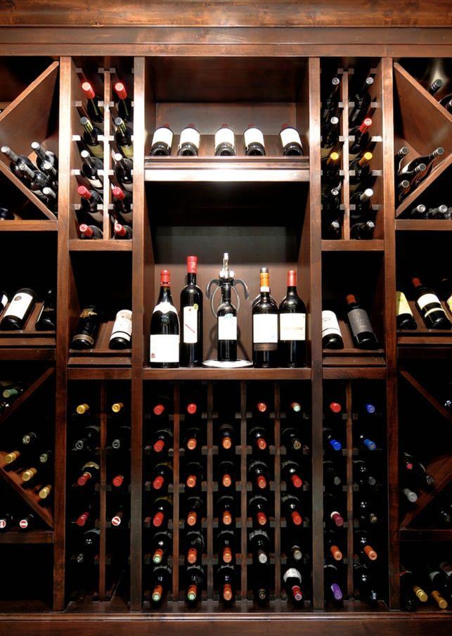 Come organizzare una cantina torciano magazine for Arredamento cantina vino