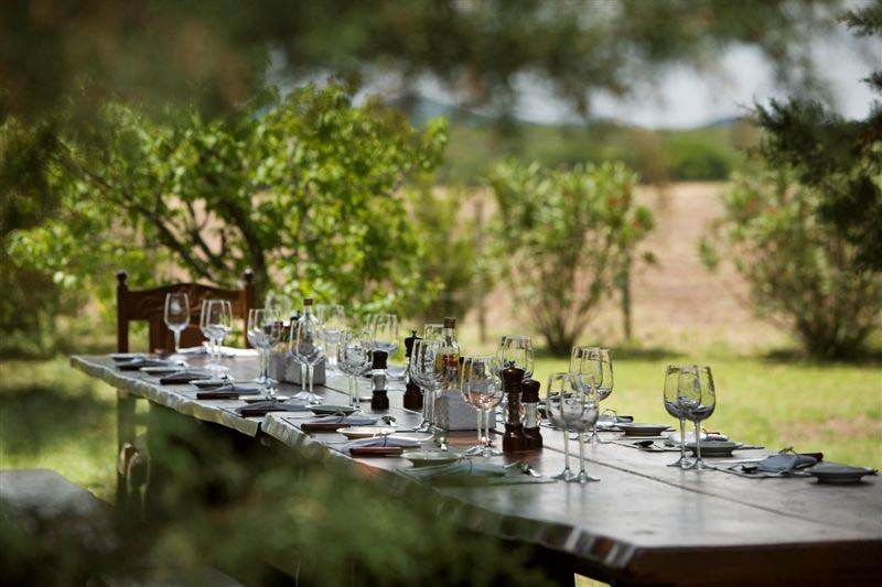 outdoor lunch tuscany