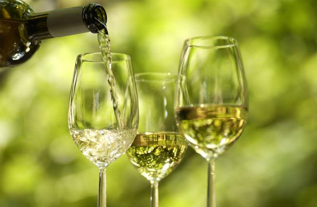 white wine tuscany
