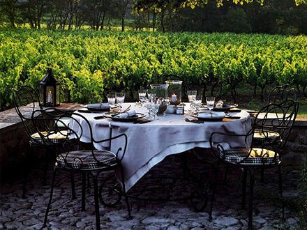 Outdoor Wine & Food